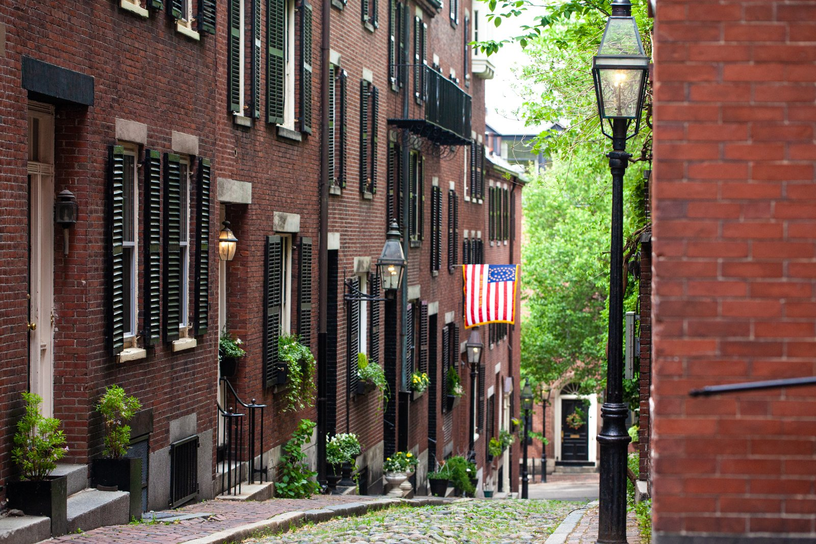 Acorn Street in Boston, MA