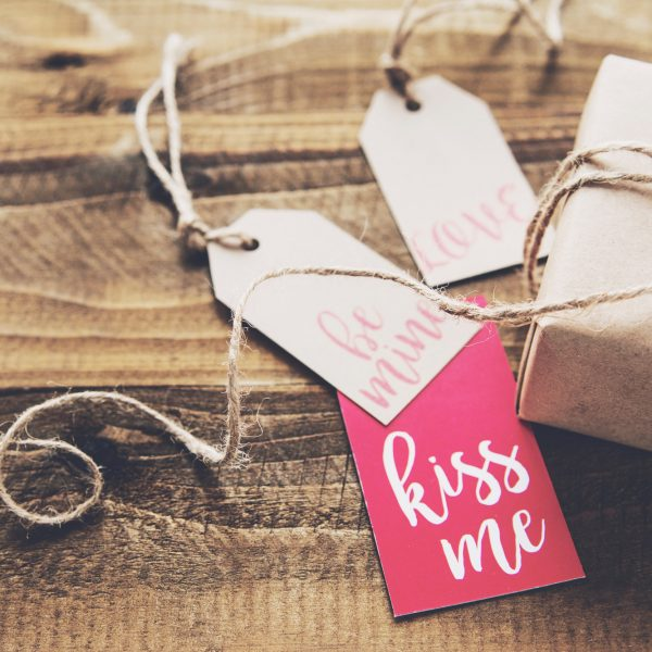 valentines day gifts for travelers