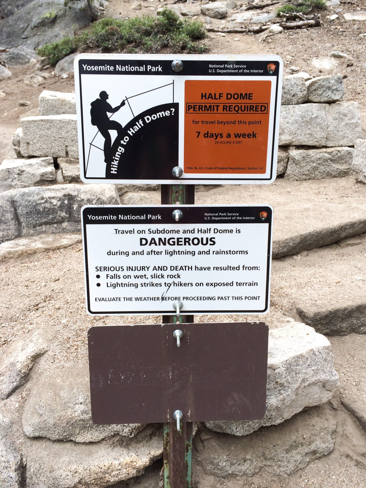 sign about permits for Half Dome cables